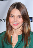 Эйми Тигарден, фото 536. Aimee Teegarden 'Beneath The Darkness' Premiere in Hollywood - 04.01.2012, foto 536