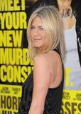 th_11931_JenniferAniston_HorribleBossespremiere_Hollywood_300611_048_122_442lo.jpg