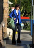Zooey Deschanel - Shopping in Los Angeles - Jat 1, 2013 (x8)